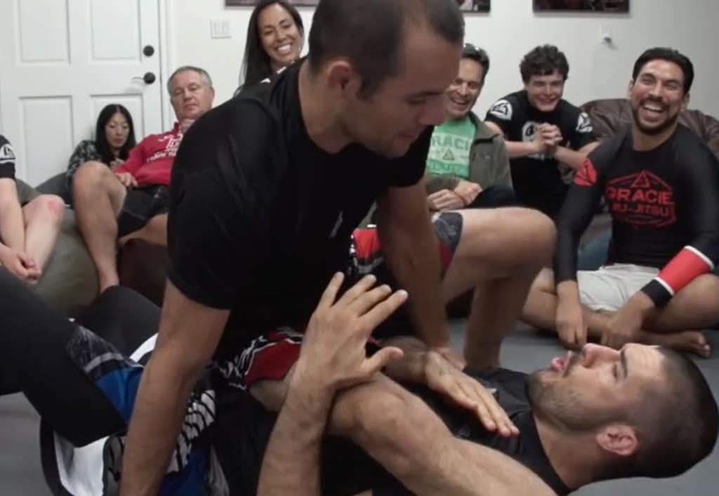 Ryron Gracie's Favorite Knee-On-Belly Attack Explained