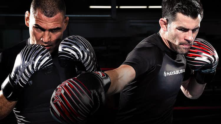 Road to UFC 207 with Cain Velasquez and Dominick Cruz